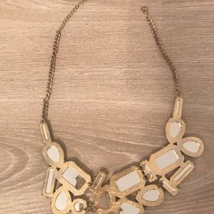 Forever 21 Jewelry - Pink and gold  statement necklace